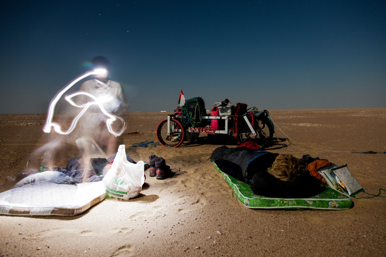 desert night stars camping