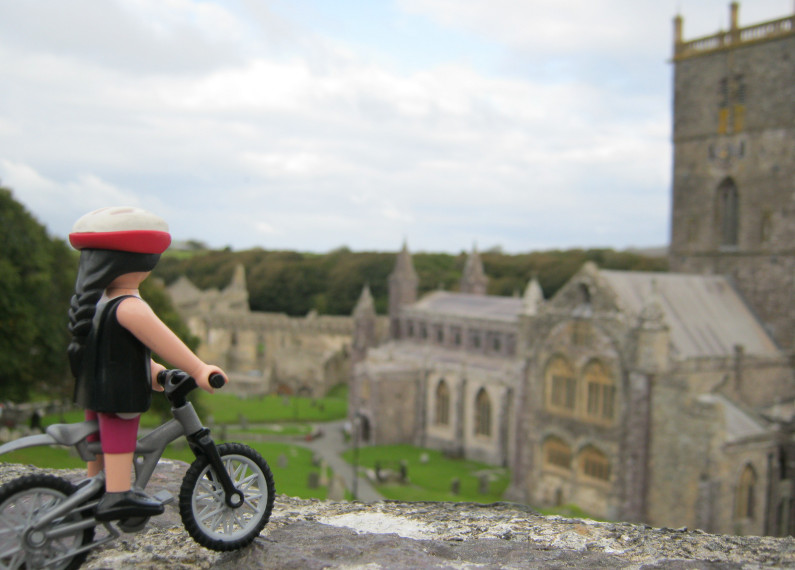 Anna Hughes – Cycling 4000 Miles round the Coast of the UK