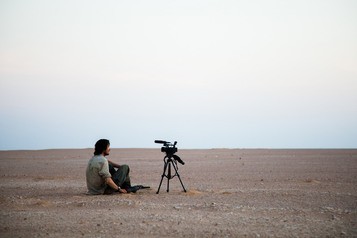 video film camera desert leon
