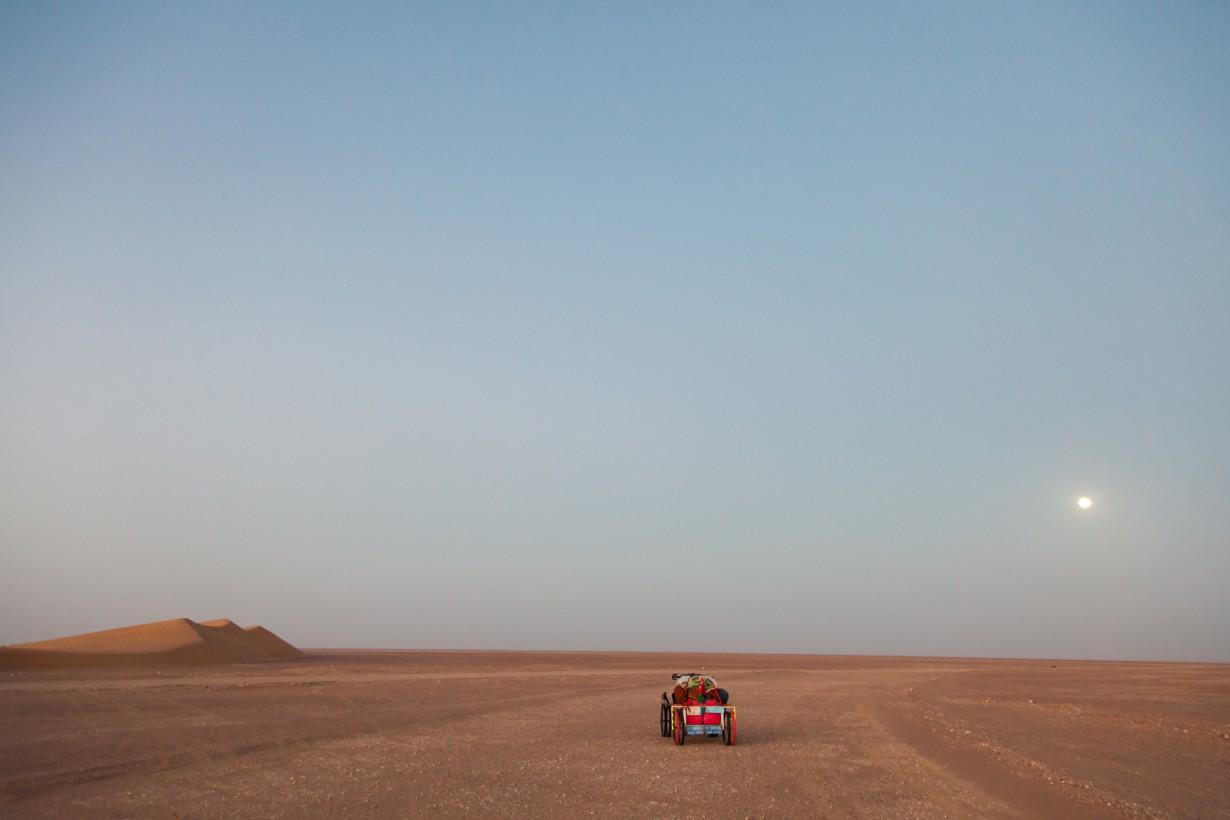 desert oman cart moon